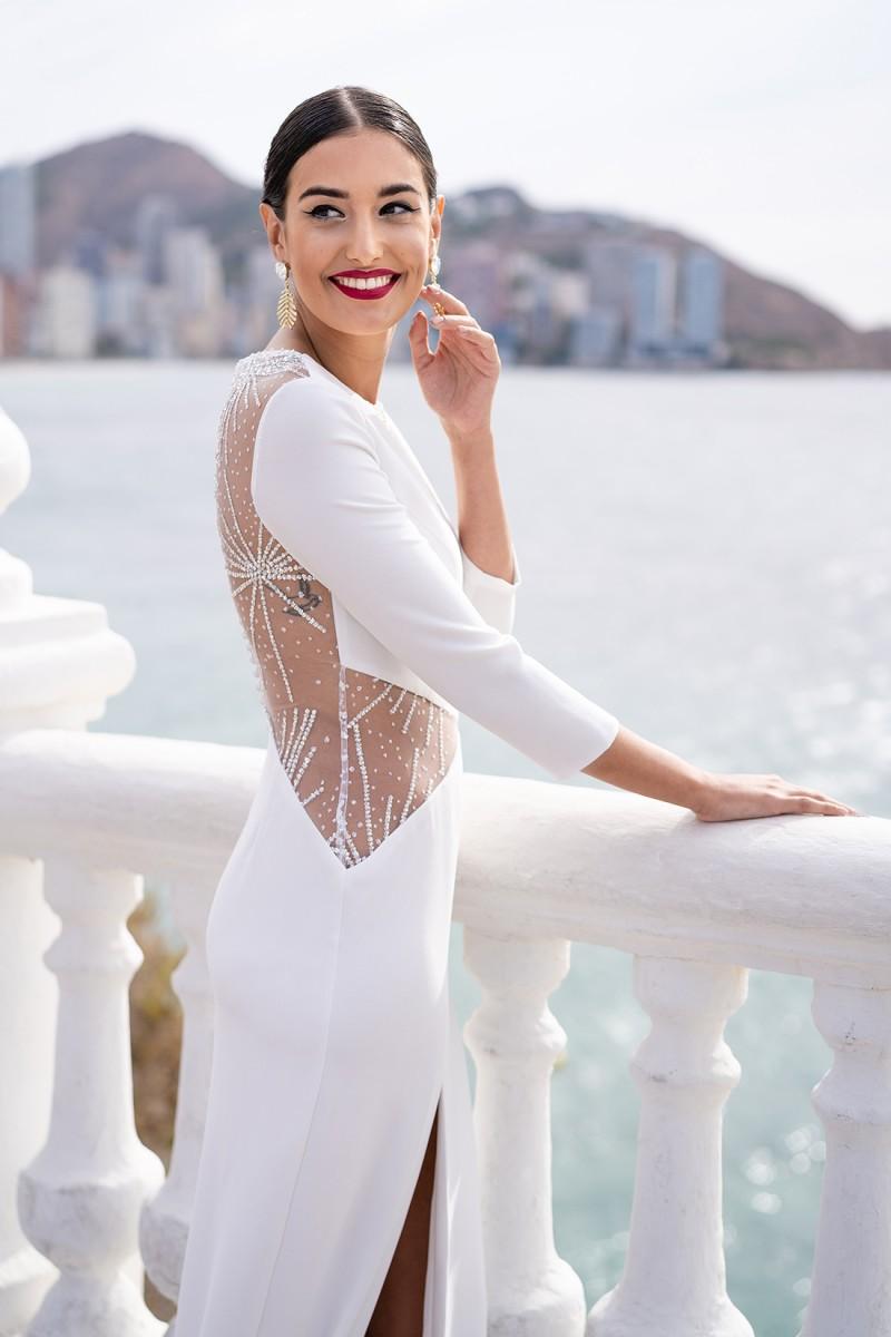 vestido largo con espalda descubierta verona
