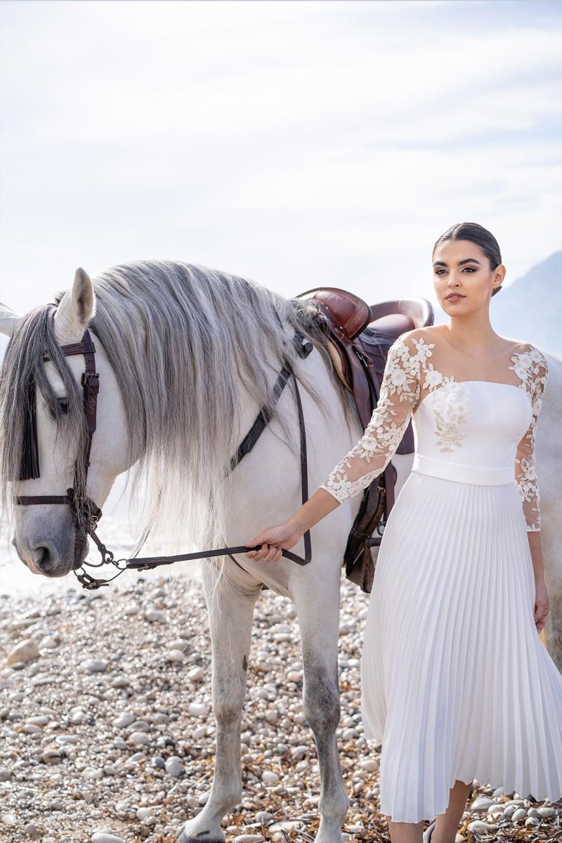 vestido para novia de cóctel dina