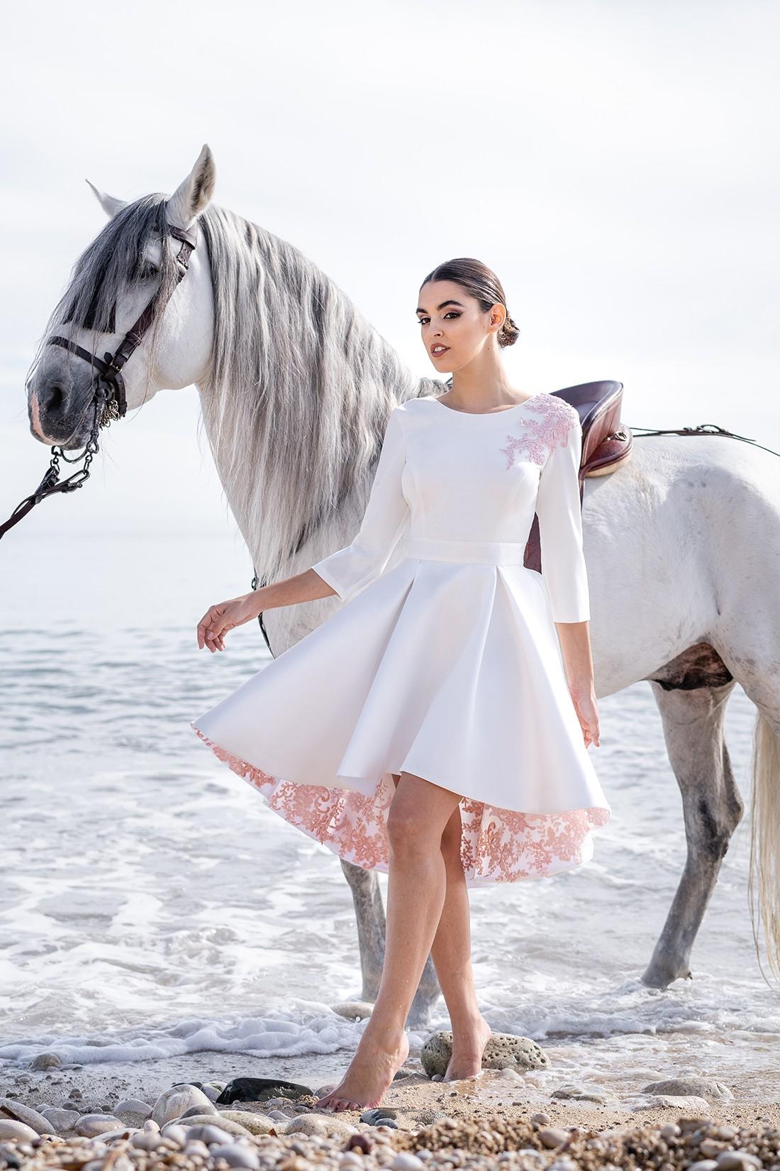 vestido blanco para novia de juzgado luz